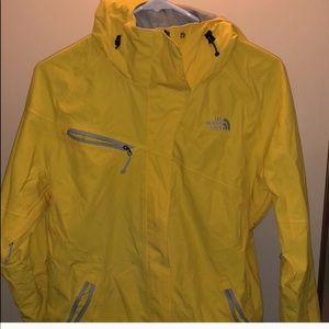 North Face Womens M Raincoat